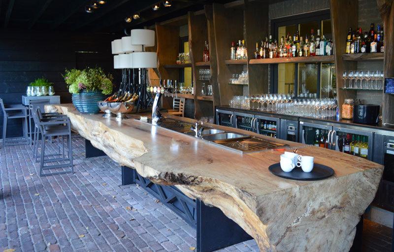 buiten bar bij restaurant de molen - peter van son interieurobjecten
