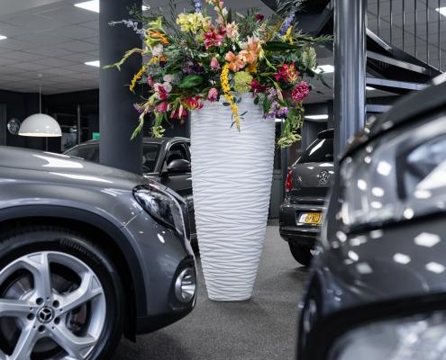 Auto showroom inrichten